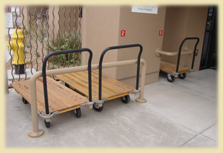 Free Moving Carts
